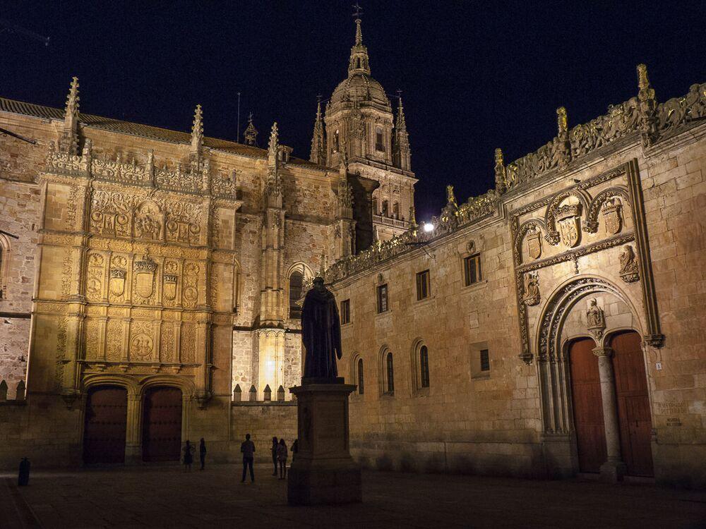 جامعة سلامنكا (Salamanca)، إسبانيا