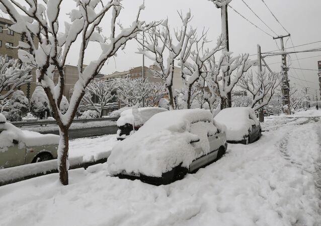 سقوط ثلوج كثيفة في طهران، إيران 28 يناير/ كانون الثاني 2018