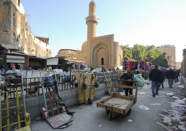الحياة اليومية في العراق - سوق الصفافير في بغداد