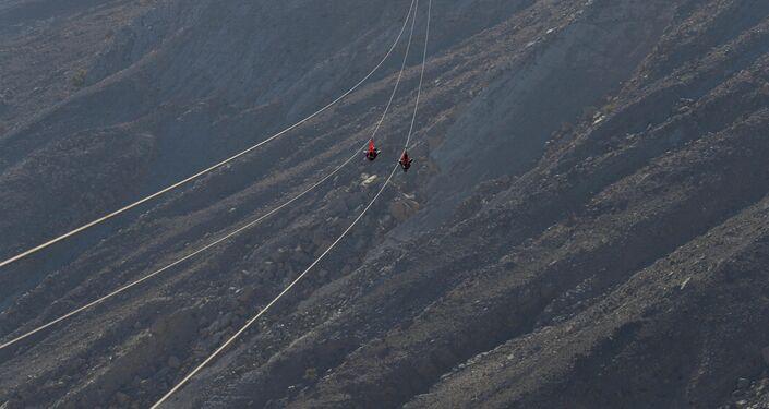 افتتاح أطول خظ زيب لاين فوق جبل جيس، الإمارات العربية المتحدة 31 يناير/ كانون الثاني 2018