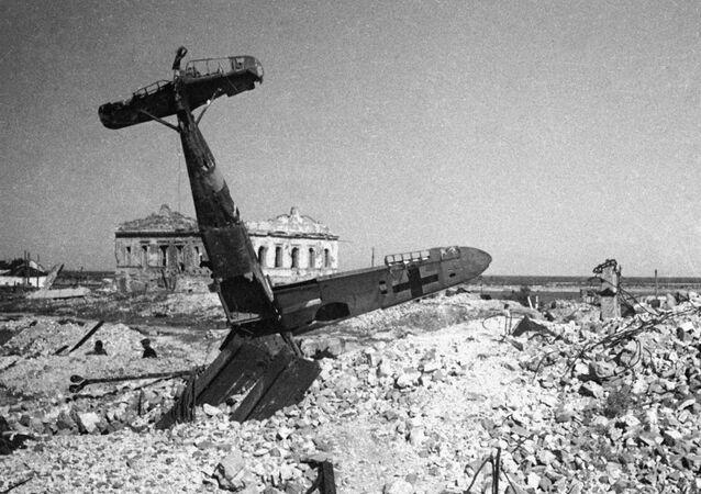 طائرات ألمانيا النازية التي تم اصابتها فوق سماء ستالينغراد، عام 1943