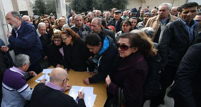 وفد من الشخصيات الدينية في روسيا يزور دمشق - توزيع المساعدات الإنسانية
