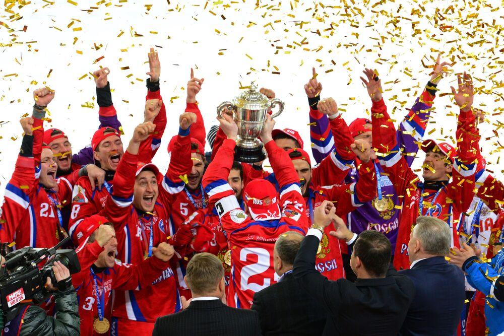 فريق الهوكي الروسي خلال مراسم الاحتفال ببطولة كأس العالم للهوكي