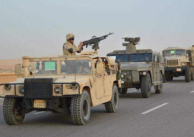 قوات من الجيش المصري قبيل انطلاق العملية الشاملة في سيناء