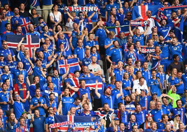 مشجعوا منتخب آيسلندا