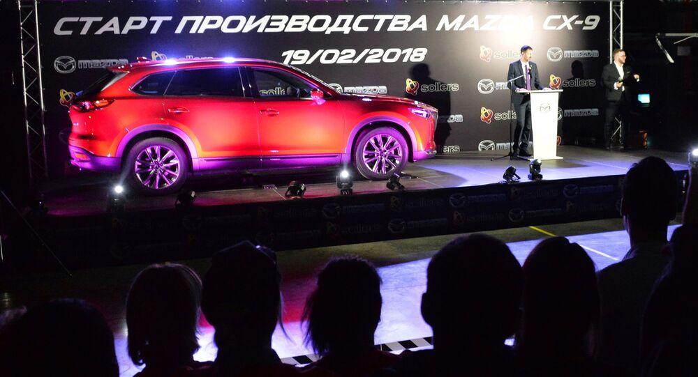 كشف الستار عن سيارة Mazda CX-9 الجديدة لشركة مازدا في فلاديفوستوك