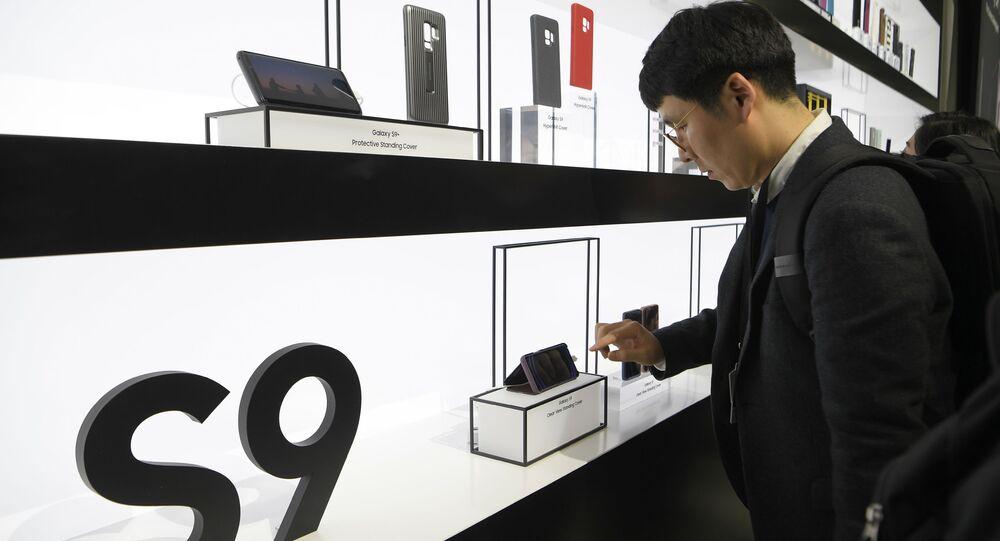 عرض هواتف سامسونغ الجديدة S9 و S9+ في إسبانيا، 25 فبراير/ شباط 2018