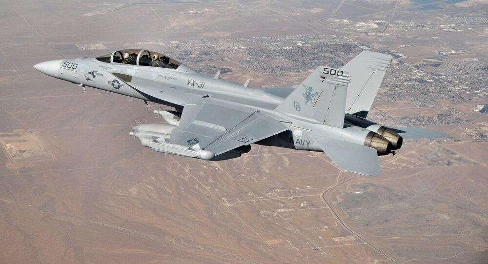 الطائرة الحربية الأمريكية EA-18G