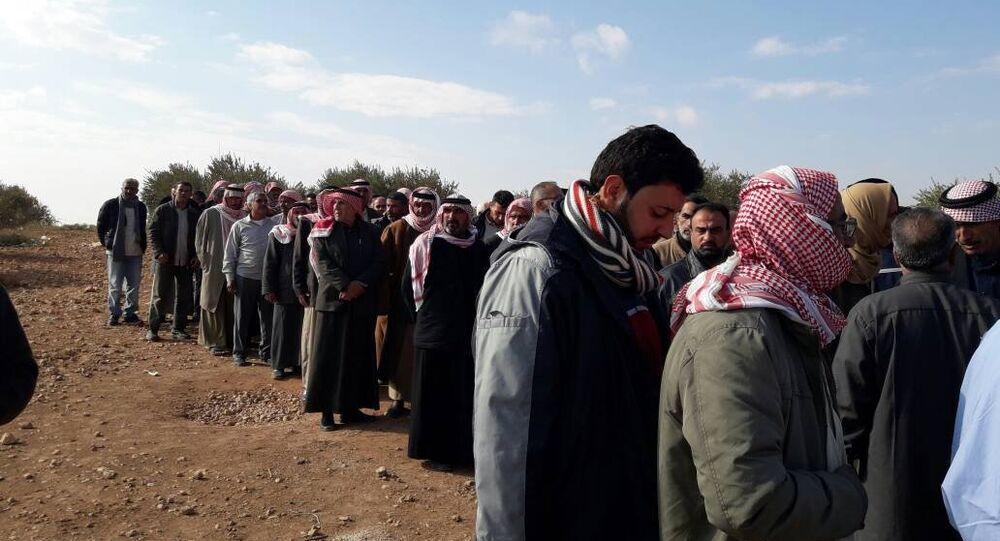 21 ألف عائلة سورية مهجرة تعود إلى منبج