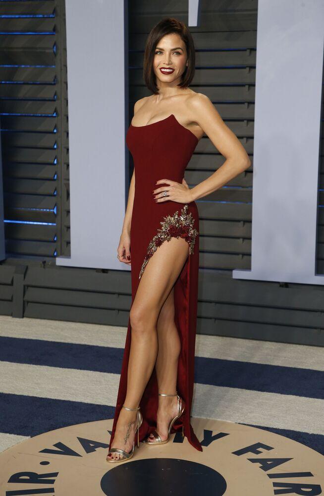 الممثلة جينا ديوان تاتوم