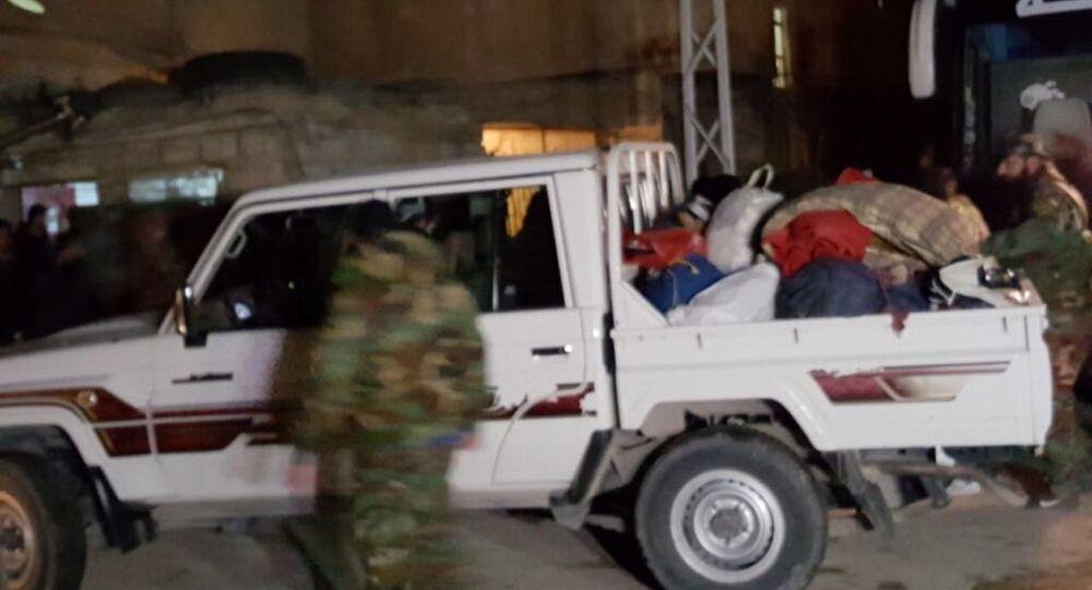 خروج المسلحين من الغوطة الشرقية في 9 مارس / آذار 2018