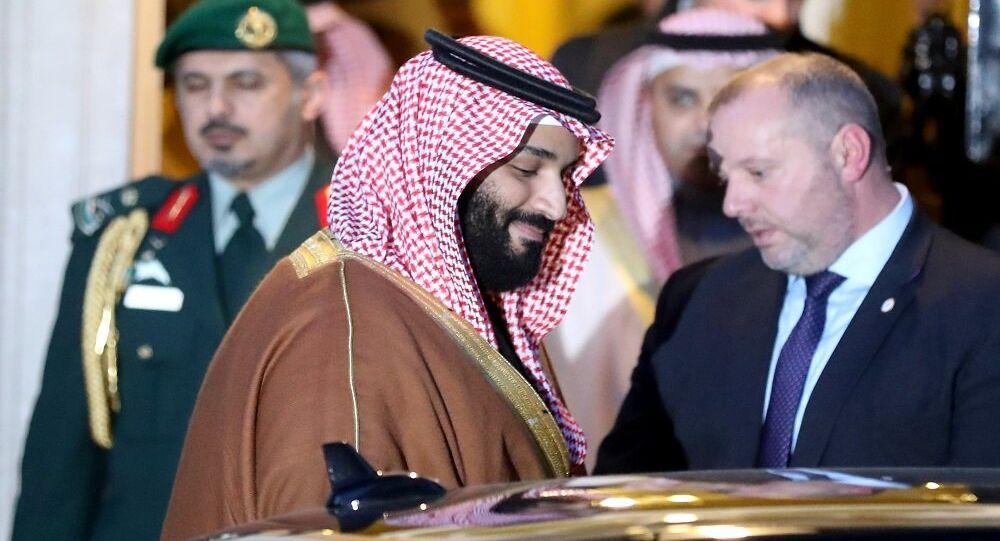 محمد بن سلمان أثناء زيارته من بريطانيا