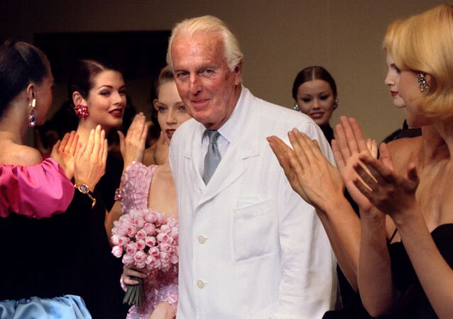 مصمم الأزياء الفرنسي هوبير دي جيفنشي