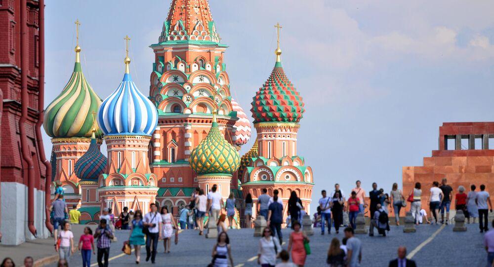كتدرائية القديس باسيل على الساحة الحمراء في موسكو