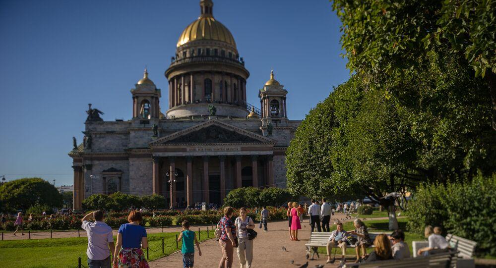 كاتدرائية إسحاث في مدينة سان بطرسبورغ