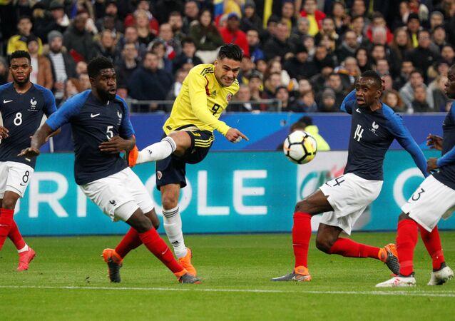 فرنسا وكولومبيا