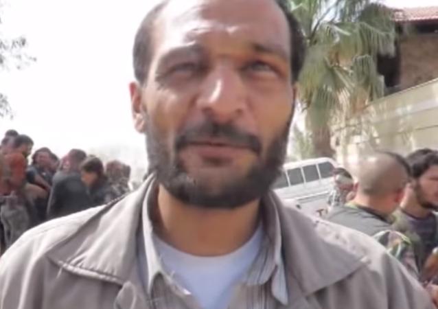 مسلح من فيلق الرحمن انضم للجيش السوري