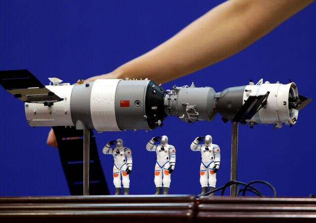 نموذج لمحطة الفضاء الصينية تيانغونغ-1