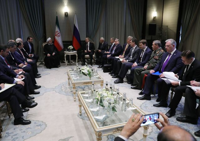 القمة الثلاثة - روسيا و تركيا و إيران - الرئيس فلاديمير بوتين والرئيس رجب طيب أردوغان والرئيس الإيراني حسن روحاني في أنقرة، تركيا 4 أبريل/ نيسان 2018