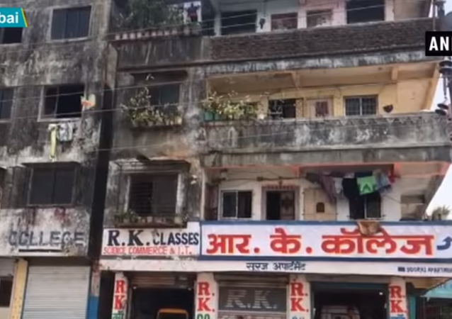 محاولة انتحار طفلة هندية من الطابق الرابع هربا من متحرش