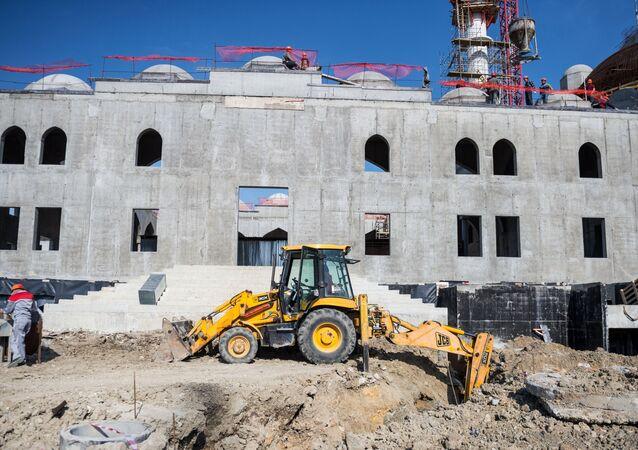 بناء مسجد في سيمفيروبول، القرم، روسيا