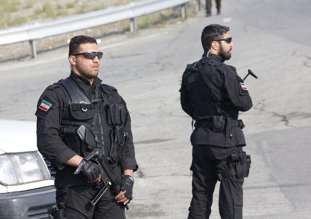 قوات الرد السريع التابعة للجيش الإيراني في موكب بمناسبة يوم الجيش السنوي للبلاد في 18 أبريل/نيسان 2018 في طهران.