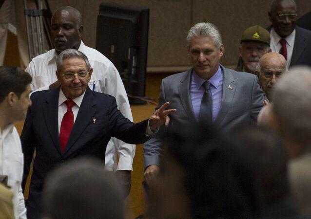 ميغيل دياز كانيل بعد انتخابه رئيسا لمجلس حكومة جمهورية كوبا
