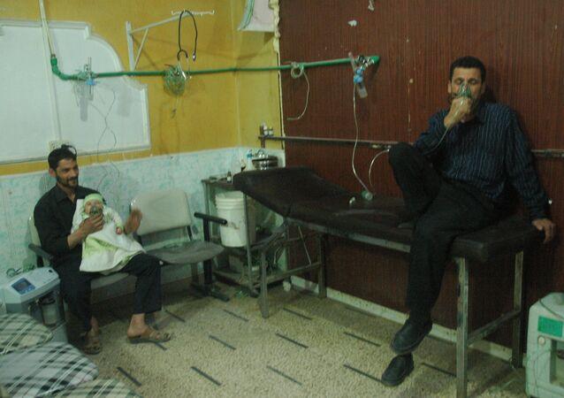 طبيب من دوما لـ سبوتنيك لا يوجد عوارض للإصابة بالكيماوي بين المدنيين