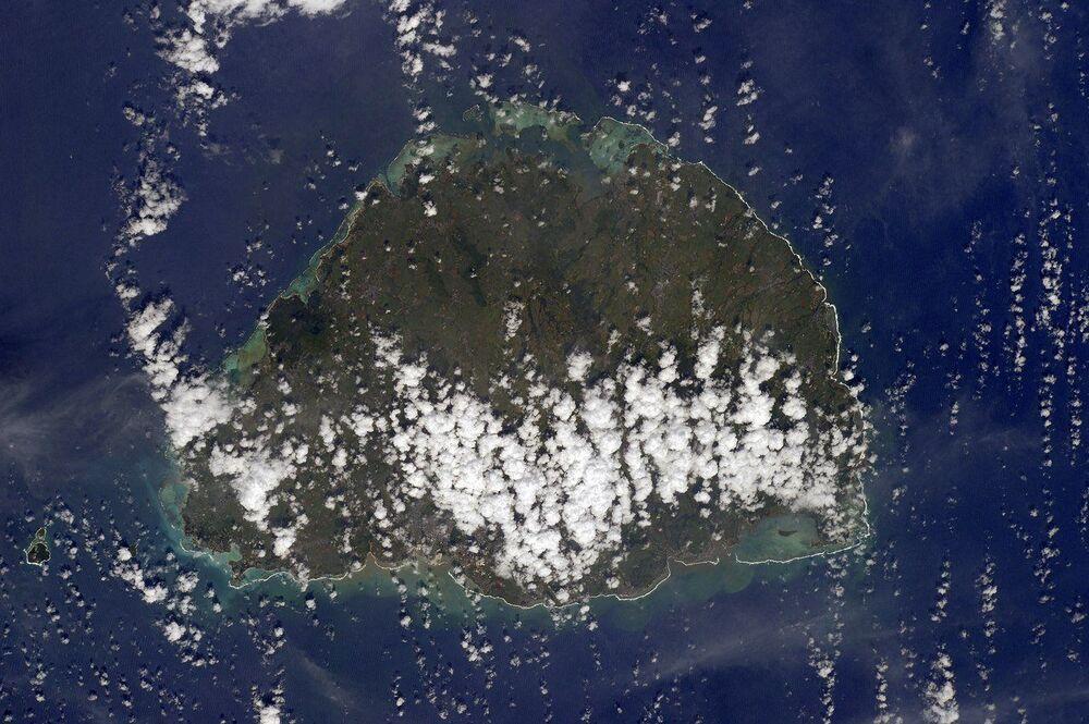 صورة لجزيرة موريشيوس التقطها رائد فضاء الروسي أنطون شكابليروف من محطة الفضاء الدولية