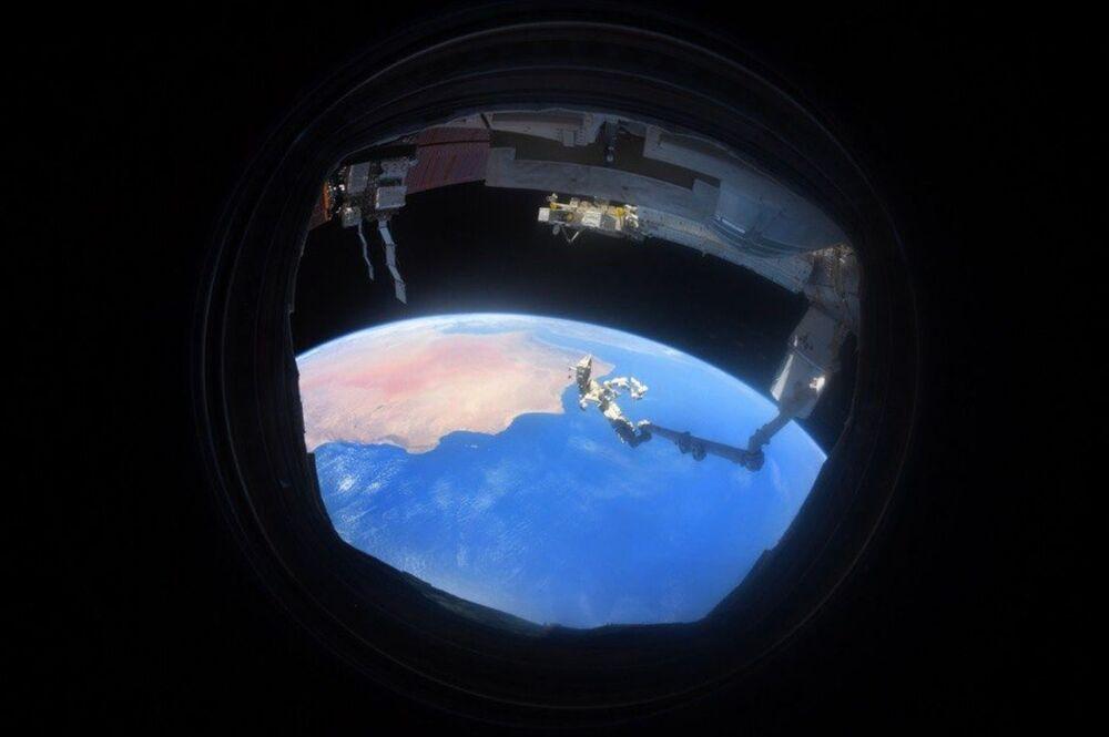 صورة للأرض التقطها رائد فضاء الروسي أنطون شكابليروف من محطة الفضاء الدولية