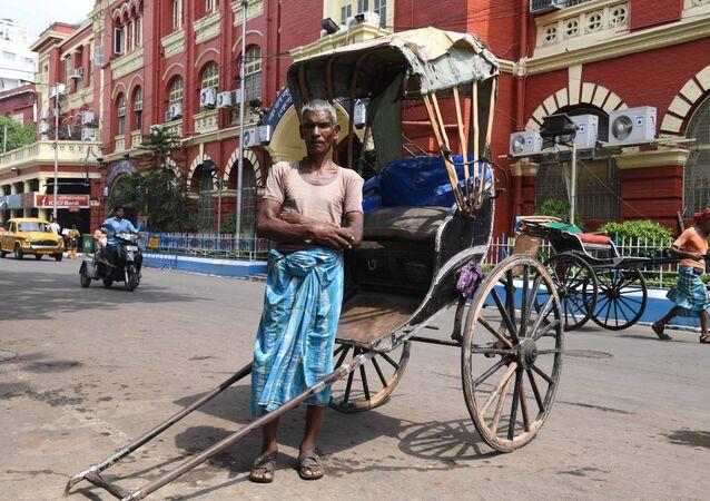 محمد أشقر (65 عاما) - سائق عربة من كلكتا، الهند 21 أبريل/ نيسان 2018