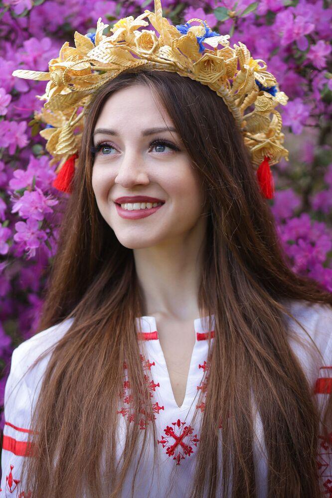 المشاركات في مسابقة جمال ملكة ربيع بيلاروسيا - آنا يامكوفا