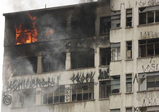 حريق في مبنى سان باولو، البازيل 1 مايو/ أيار 2018