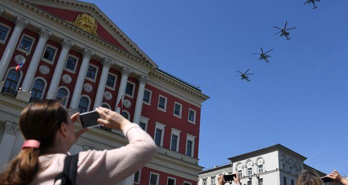الجزء الجوي من العرض العسكري في موسكو بمناسبة عيد النصر - مي - 28 أن