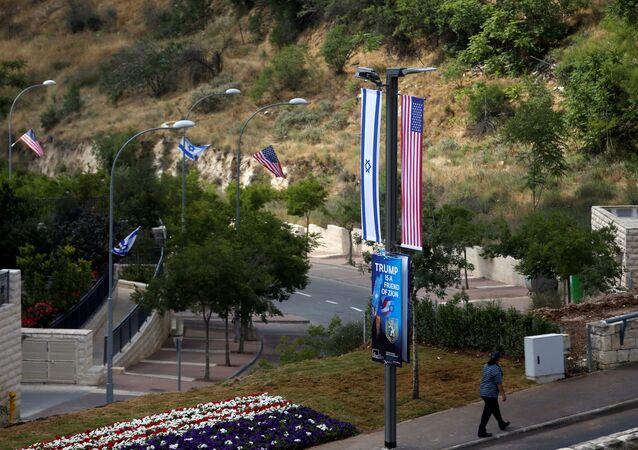 التجهيزات لافتتاح السفارة الأمريكية الجديدة في القدس، الضفة الغربية 14 مايو/ أيار 2018