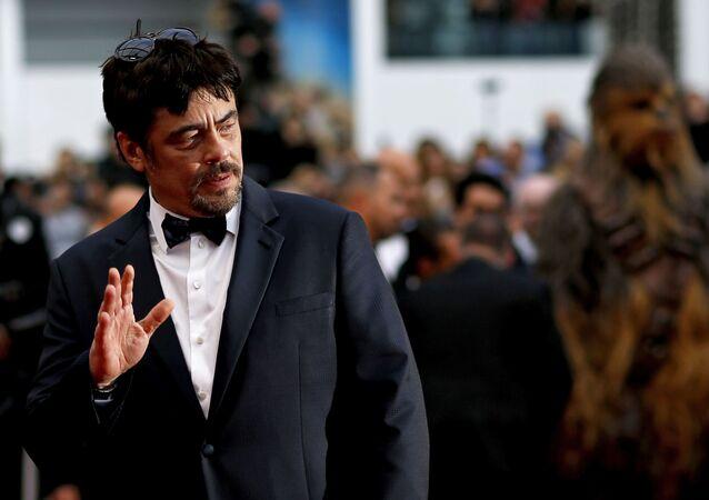 الممثل الإسباني بينيسيو ديل تورو في مهرجان كان السينمائي الدولي 2018