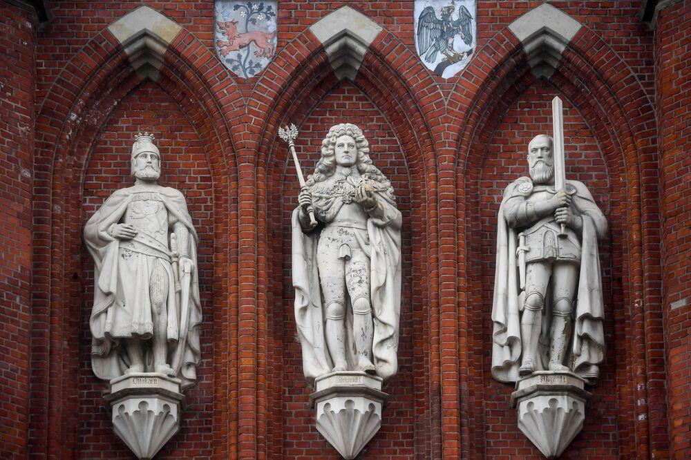 واجهة المدخل الملكي كونيغسبرغ