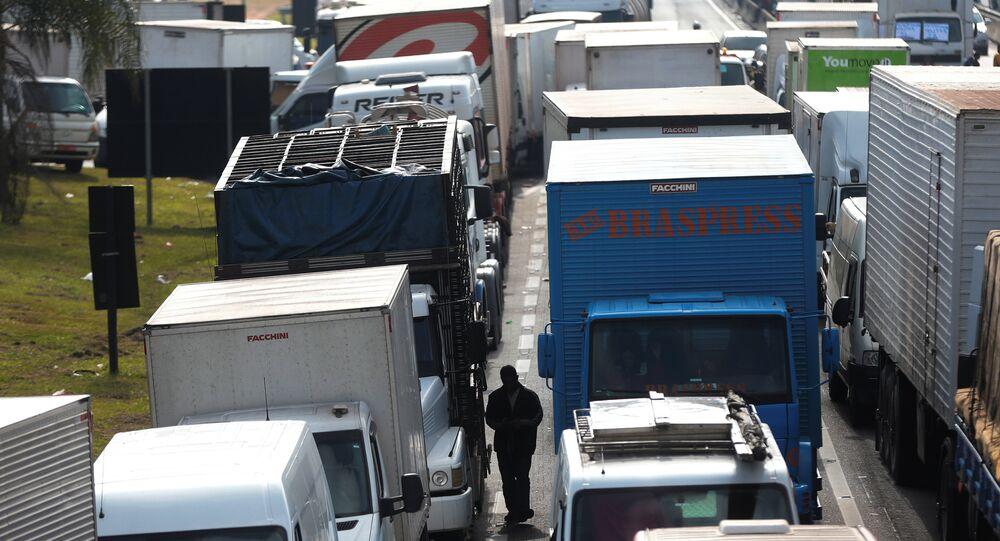 اضراب سائقي الشاحنات في البرازيل