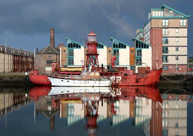 ميناء في اسكتلندا