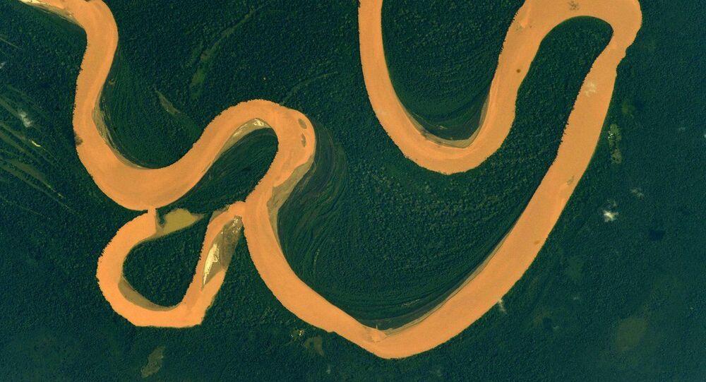 مسارات نهر الأمازون من محطة الفضاء الدولية
