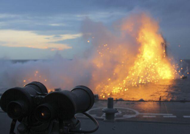 الطراد الأميرال كوزنيتسوف خلال تنفيذ المهام العسكرية في البحر المتوسط