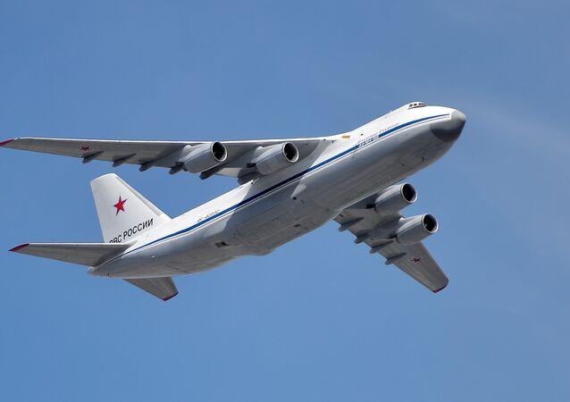 الطائرات الثقيلة إن-124 روسلان