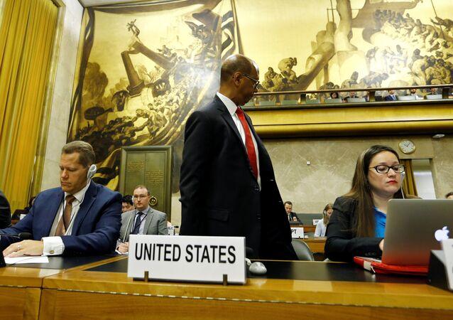 السفير الأميركي لدى هئية الأمم المتحدة لنزع السلاح روبرت وود