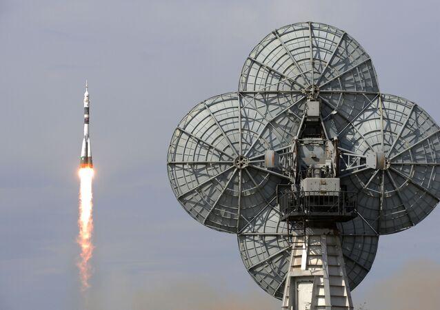 إطلاق مركبة الفضاء سويوز إم إس - 09 من قاعدة بايكونور في كازاخستان التي تحمل طاقم البعثة the ISS Expedition 56-57