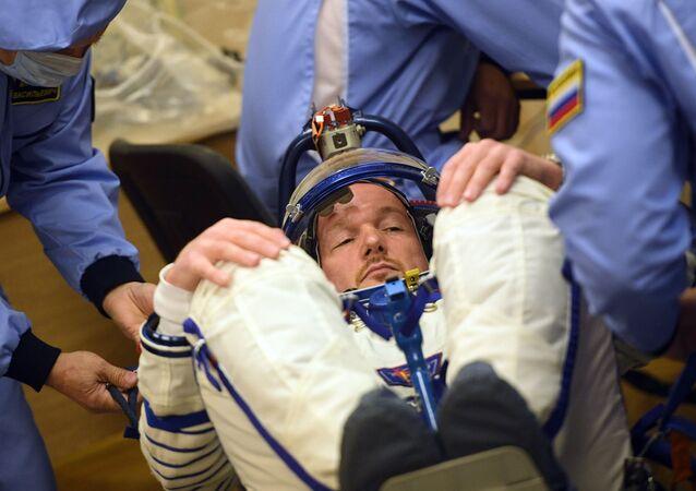 إطلاق مركبة الفضاء سويوز إم إس - 09 من قاعدة بايكونور في كازاخستان التي تحمل طاقم البعثة the ISS Expedition 56-57 - رائد فضاء إيكا الألماني ألكسندر غرست