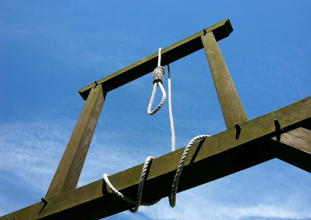 الانتحار شنقا