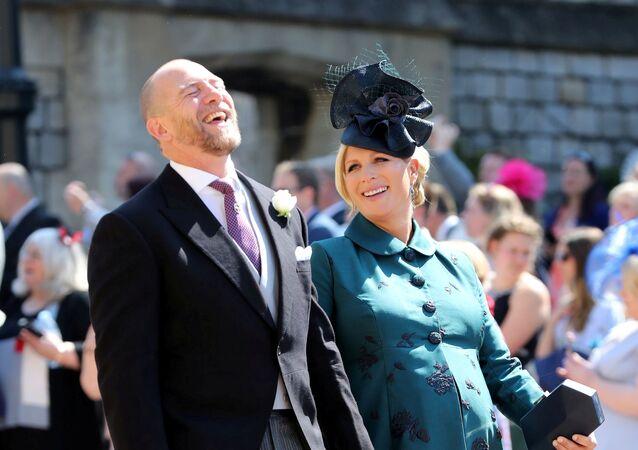 مايك وزارا تندال يصلان إلى كنيسة سانت جورج في قلعة وندسور لحضور حفل زفاف ميغان ماركل والأمير هاري، 19 مايو/أيار 2018