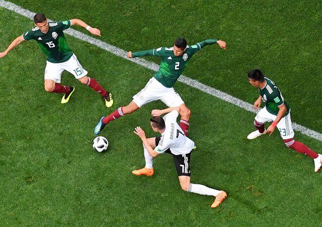 المباراة التي جمعت فريق المكسيك مع ألمانيا في كأس العالم 2018