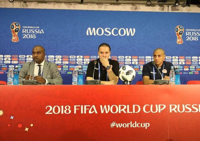 مؤتمر صحفي في موسكو لمدرب المنتخب التونسي والمهاجم الخرزي