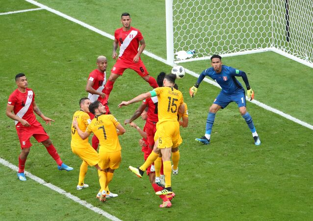 مباراة بيرو وأستراليا